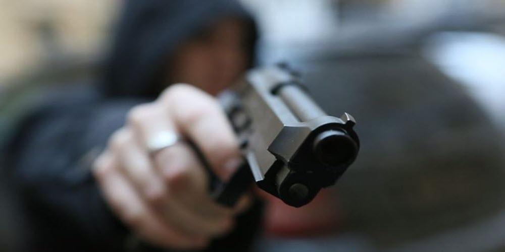 Хулиганские действияс применением оружия в СПБ