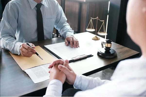 Консультация адвоката в СПБ
