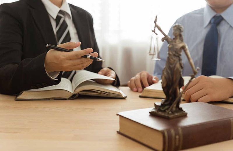 Зачем нужен адвокат СПБ